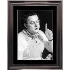 Affiche encadrée Noir et Blanc: Coluche - 50x70 cm (Cadre Glascow)
