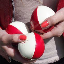 Devenez le meilleur des jongleurs avec des balles taillées pour vous
