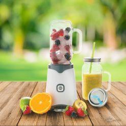 Pour la préparation de boissons fraîches et fruitéesDétendez-vous au soleil avec votre Jar de fruitsStyle assuré pour l'étéIdéal pour les smoothies