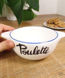 Ce bol breton Poulette en céramique sera parfait pour boire une bonne boisson chaude et faire plaisir à sa poulette adorée !