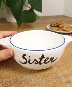 Ce bol breton Sister en céramique sera idéal pour combler de bonheur votre sœur !