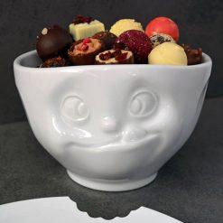 Découvrez ce bol humeur du matin gourmand Tassen de 500 ml avec son magnifique visage en porcelaine. Jamais votre petit-déjeuner n'aura été aussi vivant !