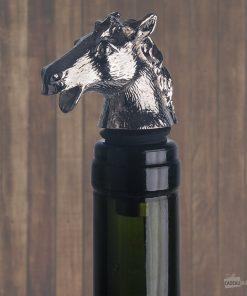 Pour les amoureux de chevaux qui apprécient également déguster une bonne bouteille de vin