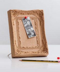 Un cadre photo en liège naturel
