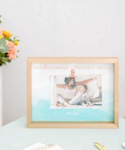 Immortalisez un instant magique avec votre maman dans un joli cadre ! Épinglez votre plus beau souvenir avec votre mère adorée !