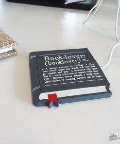 Que les amoureux de livre se présentent ! Vous pourrez maintenant boire votre boisson éternellement chaude
