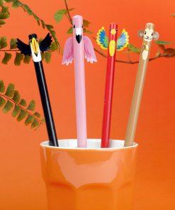 Notez vos petits mots avec ces 4 crayons à papier tropicales qui sauront libérer votre créativité !