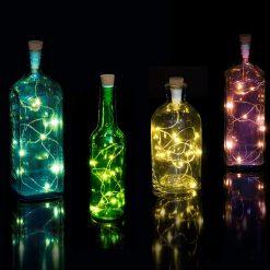 Cette guirlande lumineuse multicolore longue de 95 cm sera idéale pour transformer une bouteille vide en une sublime lampe originale !
