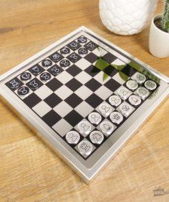 Ce plateau magnétique sera idéal pour jouer aux échecs !