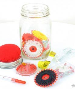 Mettez-vous à la couture !Kit vintage completOriginal dans son pot mason jar