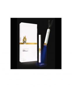 Ce kit contient un crayon à encre invisible ainsi qu'une lumière UV pour révéler votre message secret !