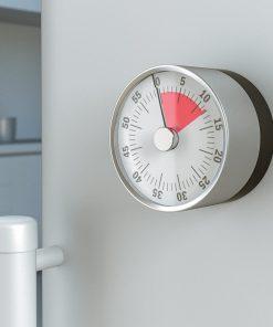 Un minuteur au cadran bicolore pour vous permettre de surveiller le temps. Adhère à toutes les surfaces