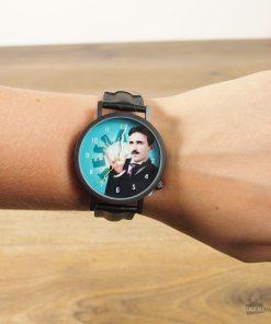 Une montre pour les adeptes du célèbre chercheur.