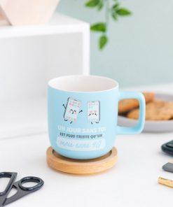 Idéal pour boire sa boisson chaude favorite ! Parfait pour son âme-sœur Une façon originale de lui dire que vous l'aimez fort En céramique pour un mug de qualité !