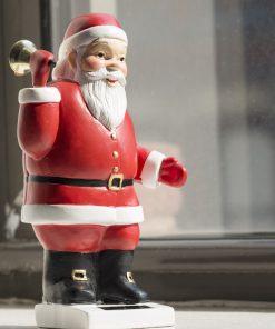 Pour parfaire votre déco de NoëlA poser sur une table ou un buffetAgite sa petite clochette avec l'énergie solaireFonctionne sans piles