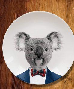Cette assiette koala de la série Wild Dining en céramique sera idéale pour égayer les repas de votre enfant.