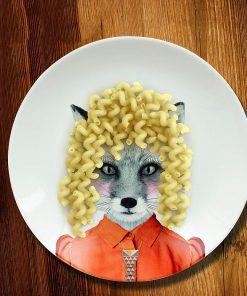 Cette assiette renard de la série Wild Dining en céramique sera idéale pour égayer les repas de votre enfant.