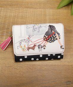 Ce portefeuille sera parfait pour toutes les femmes qui adorent les chiens. Voilà de quoi combler de bonheur votre proche qui aime les chiens !