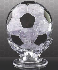 Soyez patient pour monter le ballon rond ! Les footballeurs seront-ils assez rusés pour construire leur jouet préféré ?