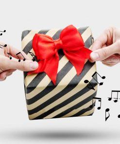 """Ajoutez une décoration supplémentaire à votre cadeau ! Ce ruban réutilisable donnera de l'élégance au paquet cadeau et donnera l'air de """"Joyeux anniversaire"""" lorsque le cadeau s'ouvrira !"""