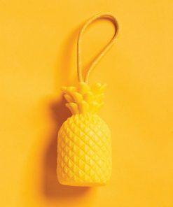 Accrochez cet ananas à coté de votre lavabo et lavez-vous les mains tout en parfum fruité !