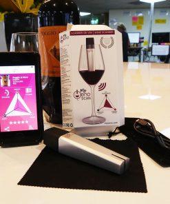 Ce scanner à vin rouge sera parfait pour mesurer