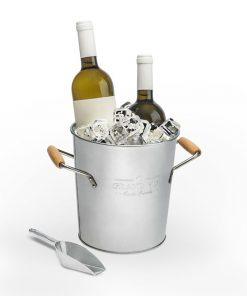 Ce seau à glace à double paroi sera idéal pour maintenir votre vin ou votre champagne au frais ! Il saura ajouter une touche d'élégance à votre table.