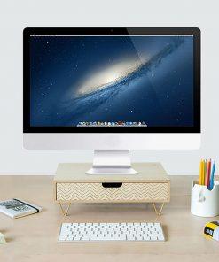 Ce support pour écran d'ordinateur en bois MDF sera idéal pour ne plus avoir mal au dos et au cou. Vous pourrez poser votre écran dessus et ranger vos papiers importants dans le tiroir.