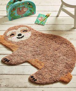 Ce tapis de bain paresseux sera parfait pour sublimer une chambre d'enfant ! Voilà de quoi ajouter une touche zen et cosy à la pièce.