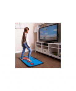 Jouez avec tout votre corps sur plus de 140 jeux avec ce tapis ! Connectez les simplement à votre TV grâce au câble fourni.