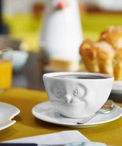 Buvez votre boisson préférée avec gourmandiseApportez de l'originalité dans votre vaissellePour les plus gourmandsTasse et sous-tasse en porcelaine