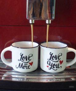 Pour les amoureux qui aiment boire leur café à deux le matin