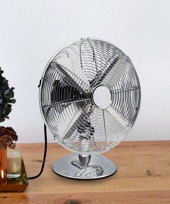 Ce cadeau sera parfait pour vous rafraîchir durant les journées chaudes d'été. Vous pouvez choisir jusqu'à 3 vitesses et 2 positions du ventilateur. C'est un produit de qualité fait en métal.