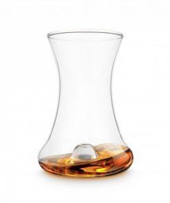 Un verre conçu spécialement pour déguster votre rhum et profiter de toute la complexité des aromes.