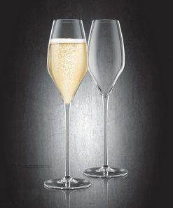 Lorsque vous disposerez sur votre table ces superbes verres à Champagne
