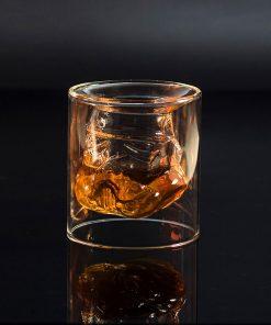 Contenance : 150 ml. Verre de qualité pour servir du whisky.