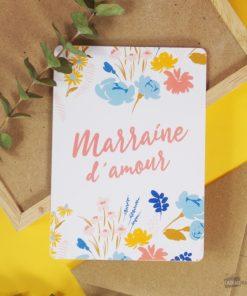 Carte idéale pour écrire un message d'amour à votre marraine d'amour. Enveloppe en kraft incluse.