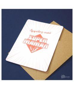 Carte idéale pour écrire un message d'amour à votre super maman. Enveloppe en kraft incluse.