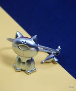 Un porte-clés chat et souris trop mignon en fonte métallique mat résistante
