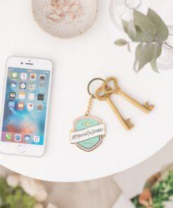 Porte-clés en métal pour une super maman qui assure chaque jour ! Idéal pour mettre ses clés.